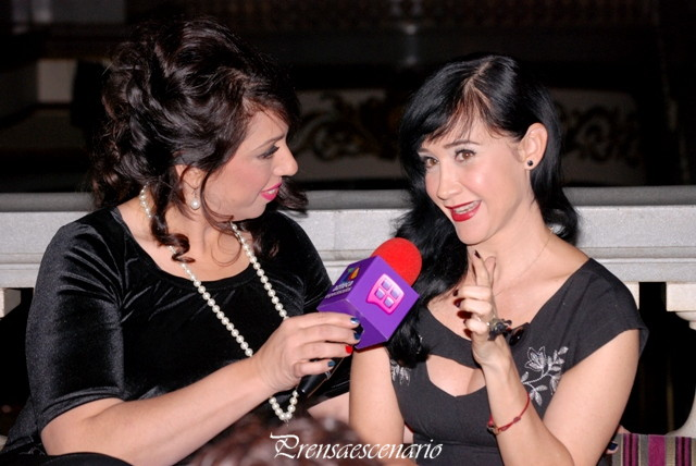 SUSANA ZABALETA - REGINA OROZCO - JUNTAS Y REVUELTAS - CONFERENCIA - FOTO 28