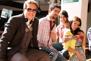 BehindTheScenes18-Nosotros los Nobles - Gary Alazraki - Luis Gerardo Mendez - Juan Pablo Gil - Karla Souza