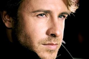 BehindTheScenes36-Nosotros los Nobles - Carlos Gascon - Actor
