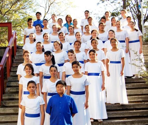 Coro de niños de la Escuela Nacional de Música, Patricia Morales, directora