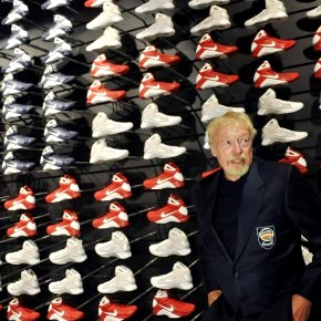 PHIL KNIGHT - NIKE - DOCUMENTAL - CANAL 22 - INNOVADORES