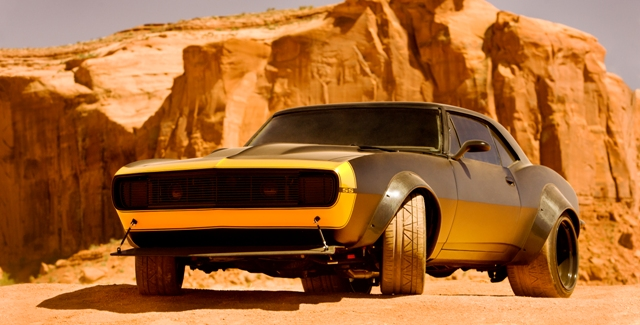 Bumblebee_1 - TRANSFORMERS 4 - PARAMOUNT PICTURES