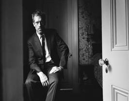 HUGH LAURIE - EXPEDIENTE HUMANO - CANAL 22