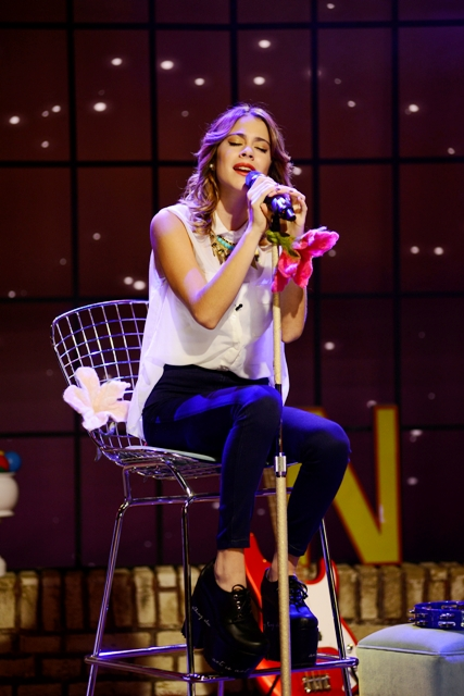 MARTINA STOESSEL - THE - UMIX SHOW - 2013