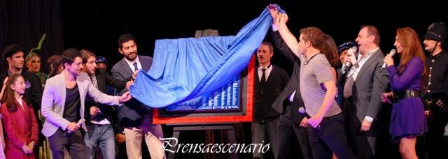 Mary Poppins - Develacion de Placa 200 representaciones - Padrinos - Nosotros los Nobles