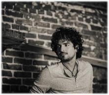 TOMMY TORRES - FOTO BLANCO Y NEGRO - 2013