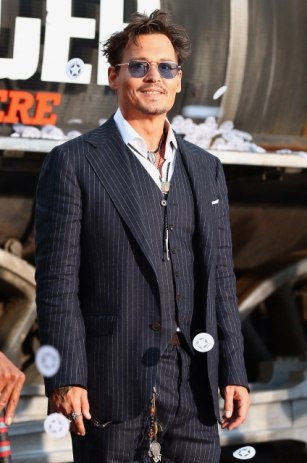 010 - JOHNNY DEPP - THE LONE RANGER - RED CARPET - DISNEY - CALIFORNIA