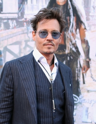 03 - JOHNNY DEPP - THE LONE RANGER - RED CARPET - CALIFORNIA - DISNEY