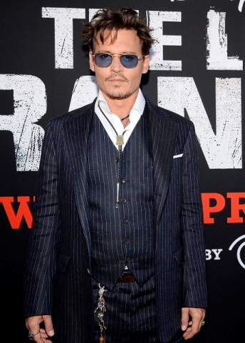 05 - JOHNNY DEPP - RED CARPET - THE LONE RANGER - CALIFORNIA - DISNEY