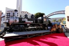 IMG_2159 - THE LONE RANGER - RED CARPET - DISNEY - CALIFORNIA - TRAIN