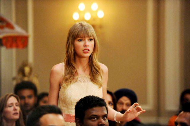 1192Taylor Swift en el final de temporada de NEW GIRL - FOX (3)