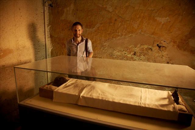 1323chris naunton en 125 años national geographic - todo sobre tutankamon - nat geo (60)_med