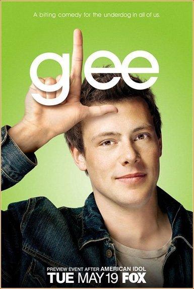 """La estrella de la Serie """"Glee""""  Cory Monteith muere a los 31 años deedad."""