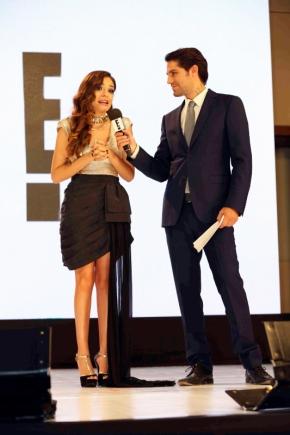12. Tania Rendón y Renato López
