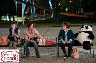 Gustavo Quiroz, Julianna Gamiz, Mark Wahlberg, Rose Byrne and Margo Martindale in Instant Family from Paramount Pictures.