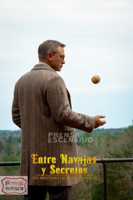 Daniel Craig stars as 'Benoit Blanc' in KNIVES OUT.