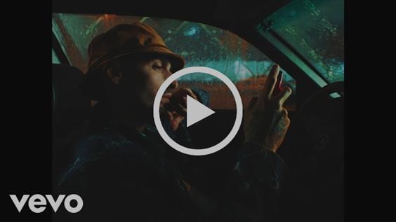 """Rels B estrena el video de """"SIn Mirar lasSeñales"""""""