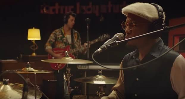 """Mark Ronson y Anderson .Paak lanzan el video oficial de su nuevo tema """"Then There WereTwo"""""""