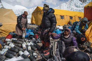 original_1593620766_Perdidos en el Everest - National Geographic (5)